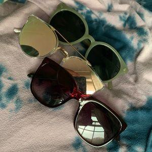 Bundle of off-brand sunglasses